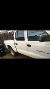 2003 dodge dakota *reduced*