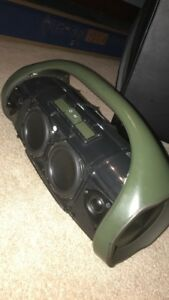Jbl Boombox (Need gone)  original price 620$ selling for 360$