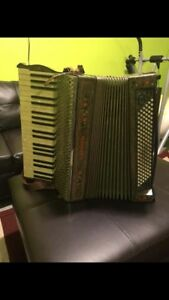 Carmen Accordion