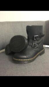 NEW Dr Marten Boots