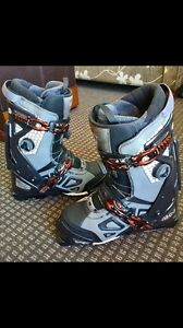 APEX MC-2 revolutionary High Performance 2 part ski boot system