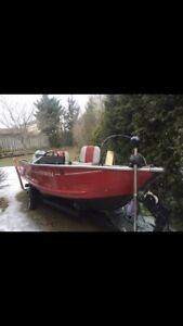 16' Aluminum Fishing Boat! Good condition!
