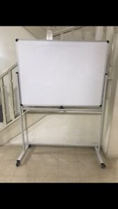 Whiteboard 125cmx90cm with stand