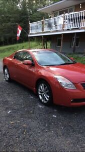 2009 Nissan coupe v6 6 speed fully loaded