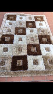 5 rugs over 2m each by 160cm