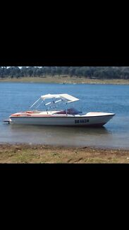 Ski boat  Mudgee Mudgee Area Preview