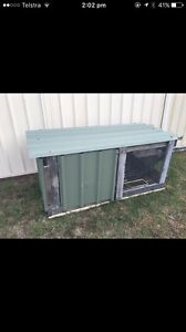 Free rabbit hutch Ashtonfield Maitland Area Preview