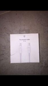 Apple Thunder Bolt Cable