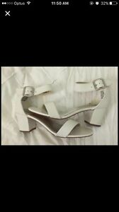 White heels Cairns Cairns City Preview
