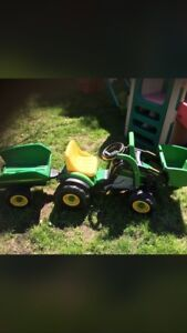 Kids john Deere mini loader with trailer