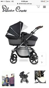 Silver Cross Henley Special Edition Pram As New Condition RRP $1600 Narre Warren Casey Area Preview