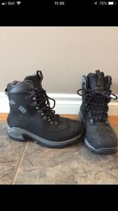 Brand New Columbia Boots