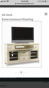 Hooker Furniture tv console - 3 years old - new = 2500 usd