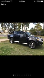 LOW KMS TOYOTA HILUX FOR SALE!! Forest Lake Brisbane South West Preview