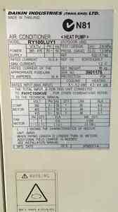 Air conditioner Daikin 3 phase Welland Charles Sturt Area Preview