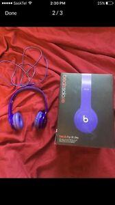 Purple beats solo HD headphones
