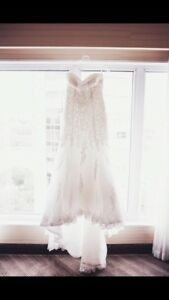 Size 4 ivory strapless wedding dress