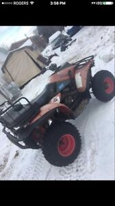 600 OBO $$!!!! Polaris trail boss 250 cc borded  out to 300