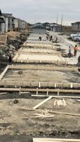 CONCRETE FINISHERS,SKID STEER OPERATORS,CONCRETE FRAMERS WANTED