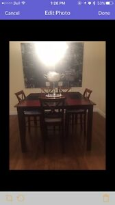 Dinning room table for sale $150