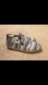 UGG Womens Espadrilles Brand New size 7