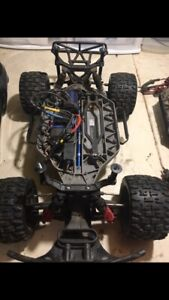 Traxxas slash 4x4 brushless rc truck