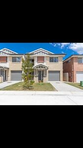 Break lease- 3 bed t/house Browns plains $365 FIRST WEEKS RENT FREE!! Browns Plains Logan Area Preview