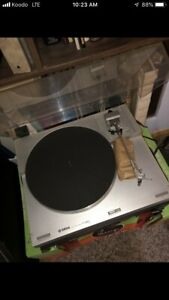 Record player and stereo amp VINTAGE