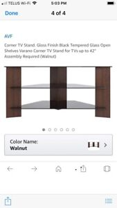Corner TV stand like new