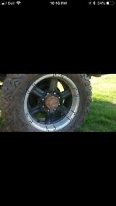 Looking for ford 8 bolt rims