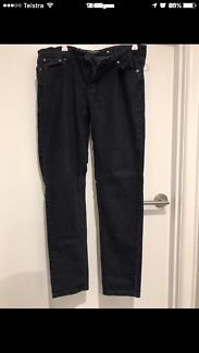 Low rise size 12 jeans in good condition $5