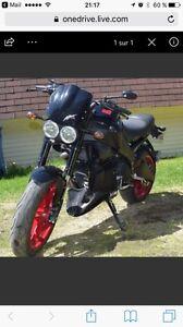 Harley buell 2009 8000$