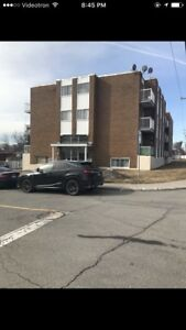 Beautiful 41/2 apartment located at 376 87e Ave, Laval (Samson)
