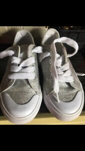 Girls sneakers size 9.5