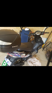 Moped 125cc