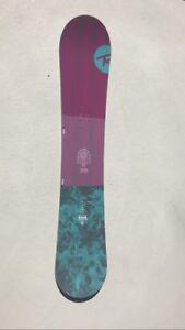 Snowboard Rossignol Gala 142 cm UTILISÉ 1X
