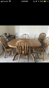 7 piece Solid Oak Dining table with matching hutch