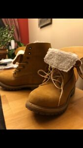 TIMBERLAND FLEECE BOOT - WOMENS