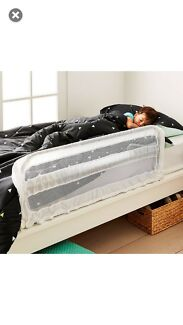 Adjustable safety bed rail