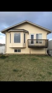 Perfect Family Home. Full house not upper unit