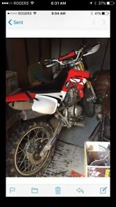 Chinese dirt bike. $800 obo our trade for something of interest
