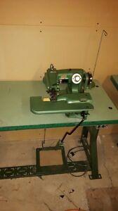 Blind hem industrial sewing machine