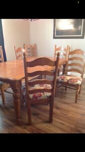 Table and 6 chairs