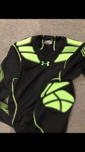 Under Armour padded shirt size large