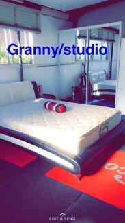 Granny flats / studio
