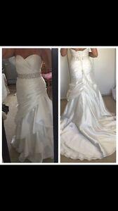 Size 10 wedding dress and head piece
