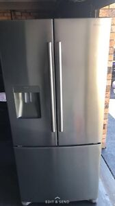 Samsung 527l Fridge Tuncurry Great Lakes Area Preview