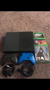 Limited ed. Xbox 1s1TB, 2cont, 6 games EXCELLENT cond ONLY $480