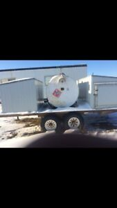 500 gallon fuel tank with tandem trailer