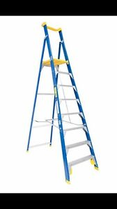 Baileys 8 foot fiber glass platform ladder Blairmount Campbelltown Area Preview